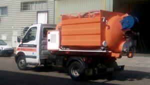Camion combinado con plataforma de gancho para limpieza de alcantarillado